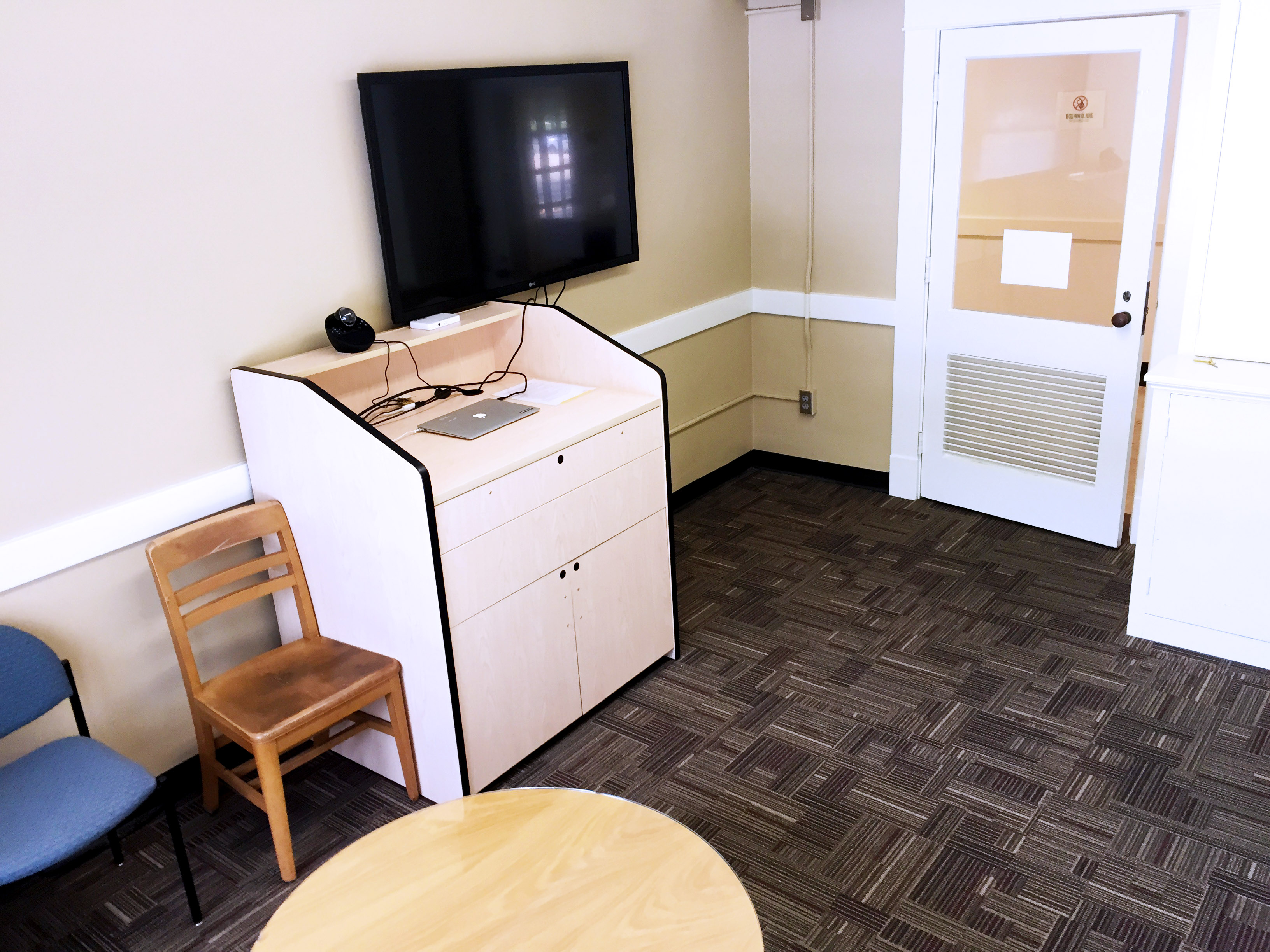 Ua Library Study Rooms